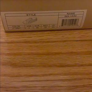 Kids size 3 Michael Kors sneakers